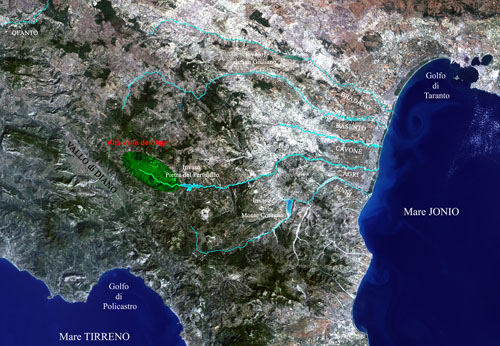 Satellite geophysics of river valleys in Basilicata. In a prominent place, in green, the Upper Agri Valley (graphic elaboration: Ada Preite, Elena Natali)