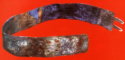 Bronze belt from  the grave n.5 in Montemurro