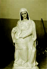 Madonna of Monserrato during the renovation (photo by V.Falasca)